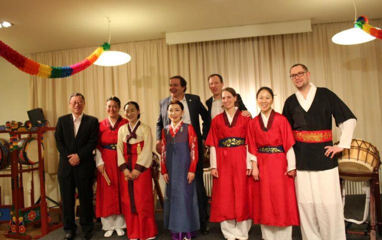 Bericht-Koreanischer Kulturabend in Augsburg IMG_1491-d